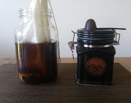 Cold Brew Coffee Bag in Mason Jar